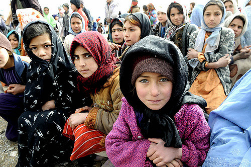 War Refugees aided by humanitarian organisations